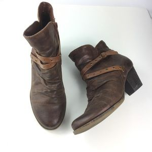 BareTraps Western Brown Ankle Booties Roma size 7